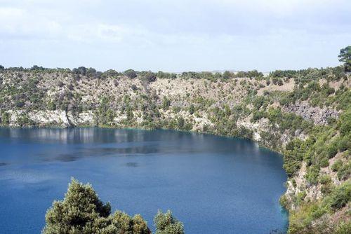 Blue lake藍湖
